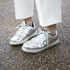 Trend alert: sapatos metálicos