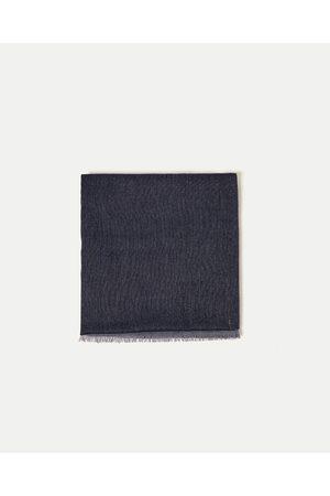 Homem Zara ?CHARPE RISCAS - Disponível em mais cores