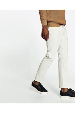 Homem Calças Chino - Zara CALÇAS CHINO BÁSICAS - Disponível em mais cores
