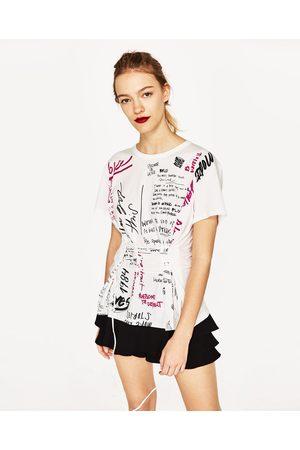 Zara T-SHIRT GRAFÍTI - Disponível em mais cores