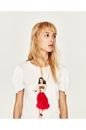 Zara T-SHIRT APLICAÇÃO À FRENTE - Disponível em mais cores