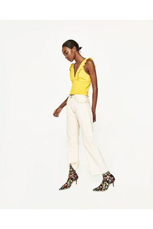 Zara TOP DECOTE EM V FOLHO - Disponível em mais cores