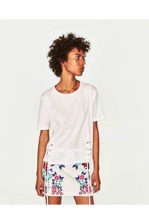 Zara T-SHIRT ESTAMPADO FLORAL - Disponível em mais cores