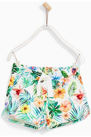 Zara BERMUDAS TROPICAL