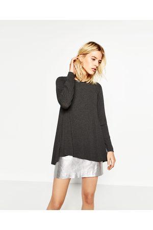 Zara T-SHIRT LINHA A - Disponível em mais cores