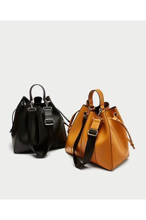 Zara SHOULDER BAG PESPONTOS - Disponível em mais cores