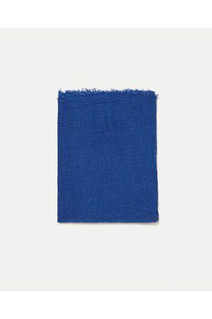Zara ÉCHARPE BÁSICA FRANJAS - Disponível em mais cores