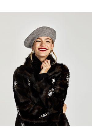 Zara BOINA LISA FELTRO - Disponível em mais cores