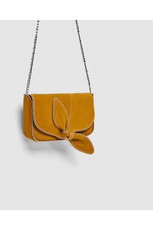 Zara MALA A TIRACOLO EM PELE COM LAÇO - Disponível em mais cores