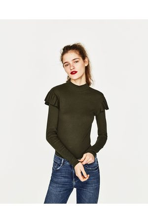 Senhora T-shirts & Manga Curta - Zara T-SHIRT MALHA CANELADA COM FOLHOS - Disponível em mais cores