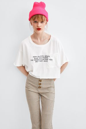 Zara T-shirts & Manga Curta - T-SHIRT CROPPED COM TEXTO