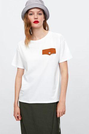 Zara T-shirts & Manga Curta - T-SHIRT BOLSO CONTRASTE