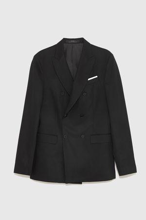 7d7b19a5da Zara Fatos de Homem em Saldos a preços reduzidos