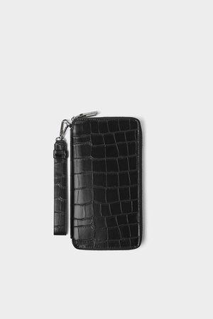 Zara Carteira xl preta com gravura réptil