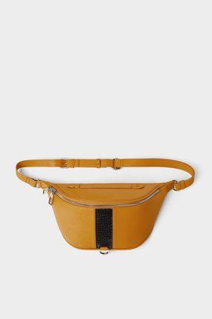 Zara Bolsa de cintura amarela com detalhe de faixa