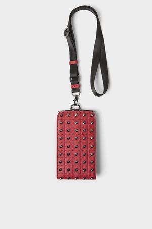 Zara Capa para telemóvel com tachas