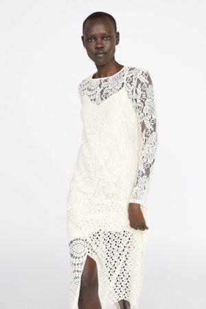 Zara Vestido de guipura assimétrico