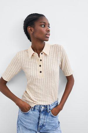 Zara T-shirt com gola tipo pólo