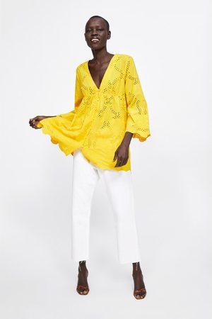 Zara Blusa com bordados perfurados