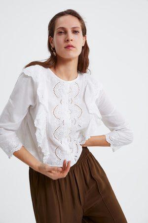 Zara Blusa com bordados e folhos