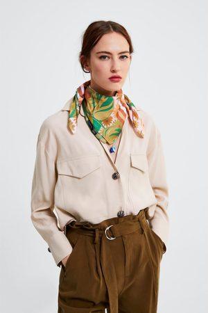 Zara Camisa com botão combinado