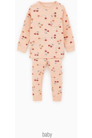 Zara Pijama com cerejas