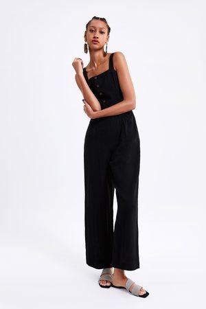 Zara Macacão com suspensórios e botões