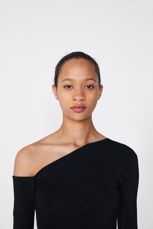 Zara Top de malha com decote assimétrico