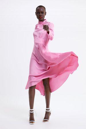 Zara Vestido comprido com botão joia
