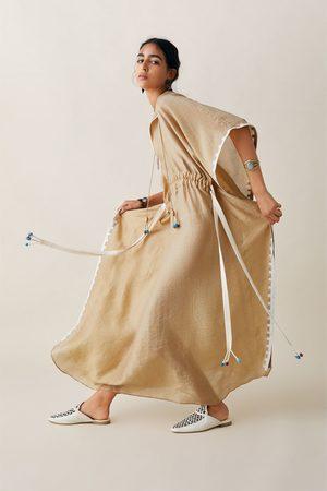 Zara Studio túnica bordada edição especial
