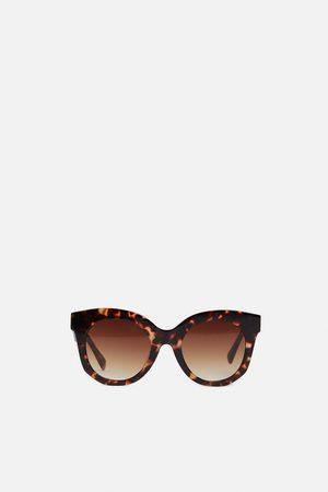 Zara óculos com armação de massa