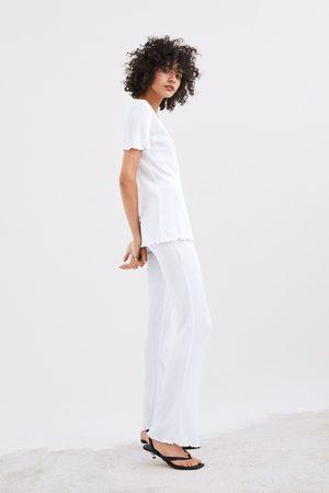 Zara T-shirt canelada