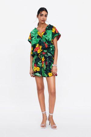 Zara Bermudas estampado floral