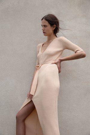 Zara Vestido de malha com cinto