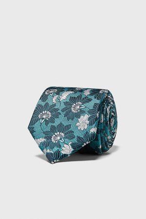 Zara Gravata larga jacquard com estampado floral