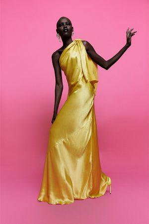 Zara Vestido de ombro descoberto edição limitada