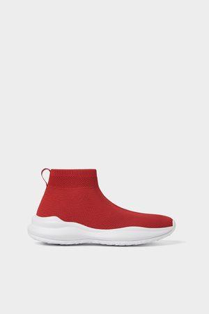 Zara Sapatilha tipo meia vermelha