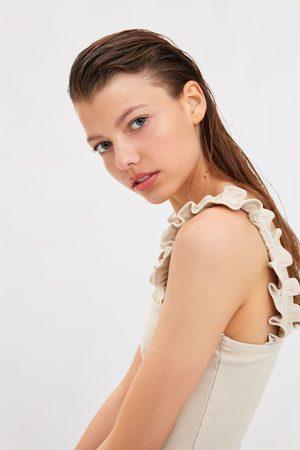 Zara Top de alças com folhos