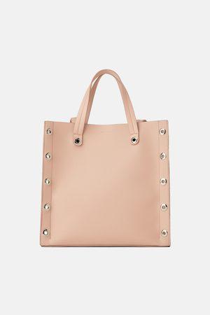 Zara Mala tote bag de corte quadrado com furos
