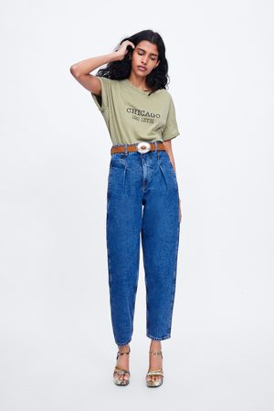 Zara T-shirt texto à frente