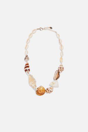 Zara Fio de conchas