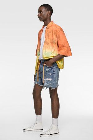Zara Calções bermuda denim com remendos tie dye