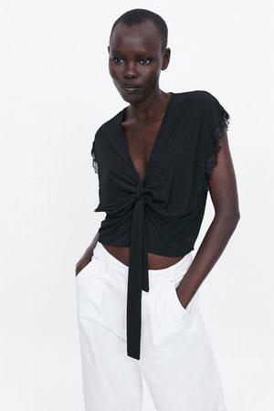 Zara T-shirt combinada com nó