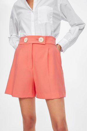 Zara Calções bermudas com botões grandes