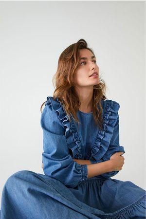 Zara Camisa denim com folhos