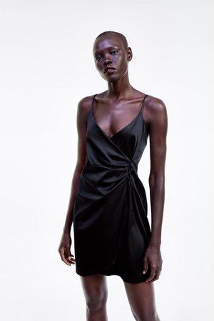 Zara Vestido estilo lingerie com botões