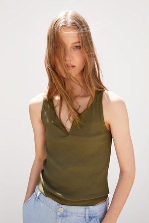 Zara T-shirt com estrutura e alças