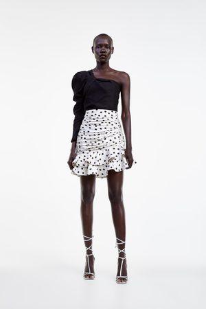Zara Blusa estampada assimétrica