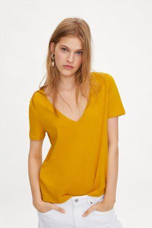 Zara T-shirt com decote em bico