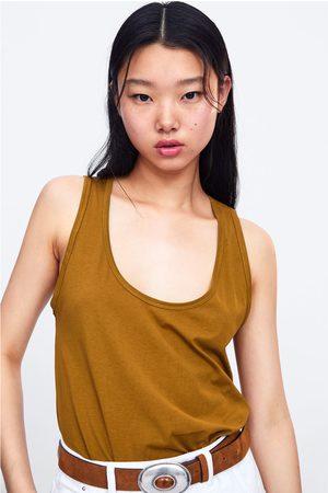Zara T-shirt básica alças